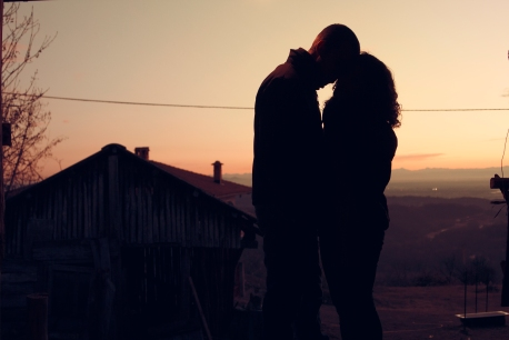 dawn-sunset-couple-love